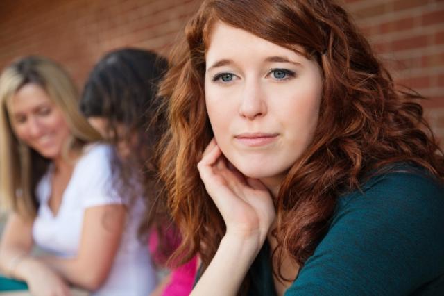 Sadece Sosyal Fobisi Olan İnsanların Anlayacağı 15 Şey