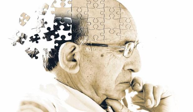 Alzheimer'ın Bilmeniz Gereken 10 Belirtisi